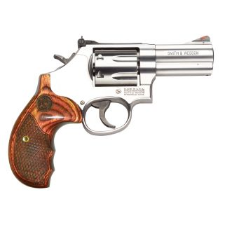 "Smith & Wesson 686 Plus 357 Magnum 3"" Barrel 7Rd Wood Grip/Stainless 150713"